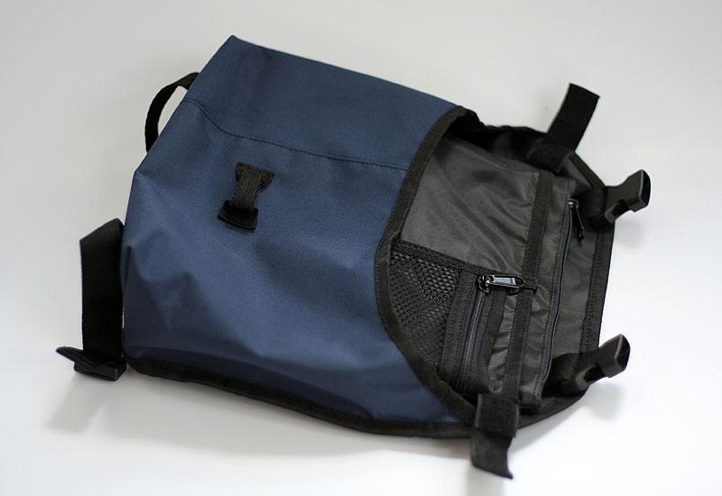 tas-sepeda-urbncase-messenger-bag11