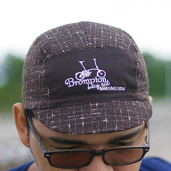 Topi sepeda urbncase-brompton-day-out-bandung-cycling-cap1