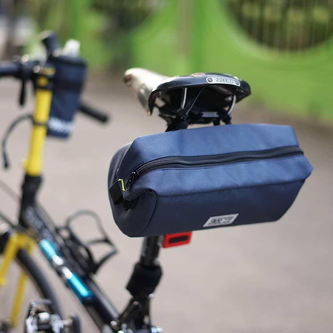 Tubularwing Bag (bar or saddle bag) saddle angle